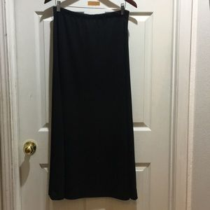 AGB Black A-Line Long Skirt Size M